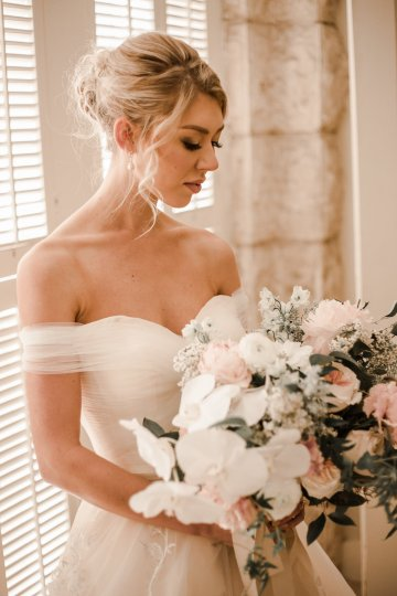 Champagne & Pink Chateau Wedding Inspiration In Texas – Wild Love Photography 22