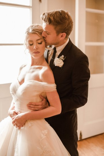 Champagne & Pink Chateau Wedding Inspiration In Texas – Wild Love Photography 27