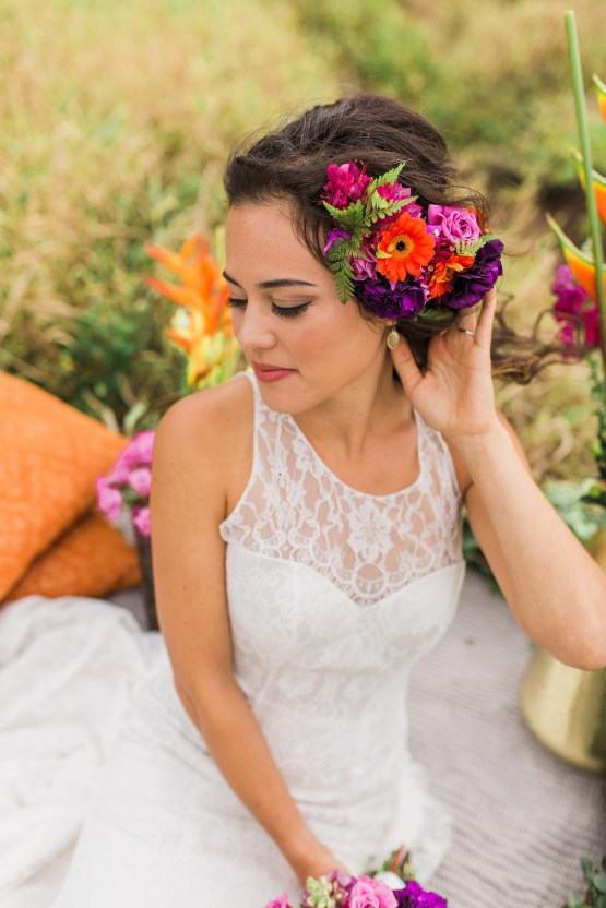 Colorful Hawaiian Boho Wedding Inspiration – Chelsea Stratso Photography 25