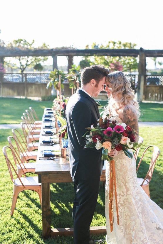 Metallic Copper Wedding Inspiration With A Creative Hexagon Altar – Allie Marion 19