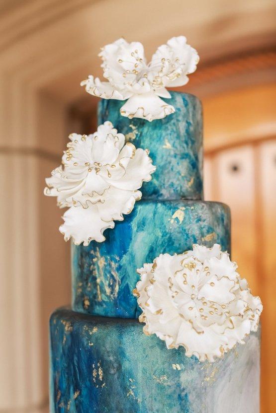Metallic Copper Wedding Inspiration With A Creative Hexagon Altar – Allie Marion 8