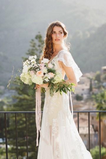 The Dreamiest Mallorca Mountain Bridal Inspiration – Vivid Symphony 31