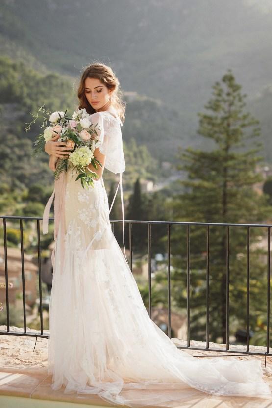 The Dreamiest Mallorca Mountain Bridal Inspiration – Vivid Symphony 38