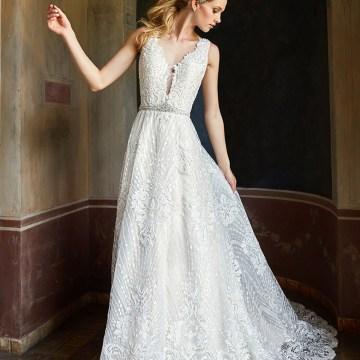 10 Stunning Wedding Dresses By Destination – Val Stefani Cyprus Dress 3