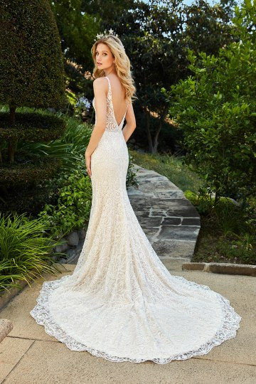 10 Stunning Wedding Dresses By Destination – Val Stefani Francesca Dress 2