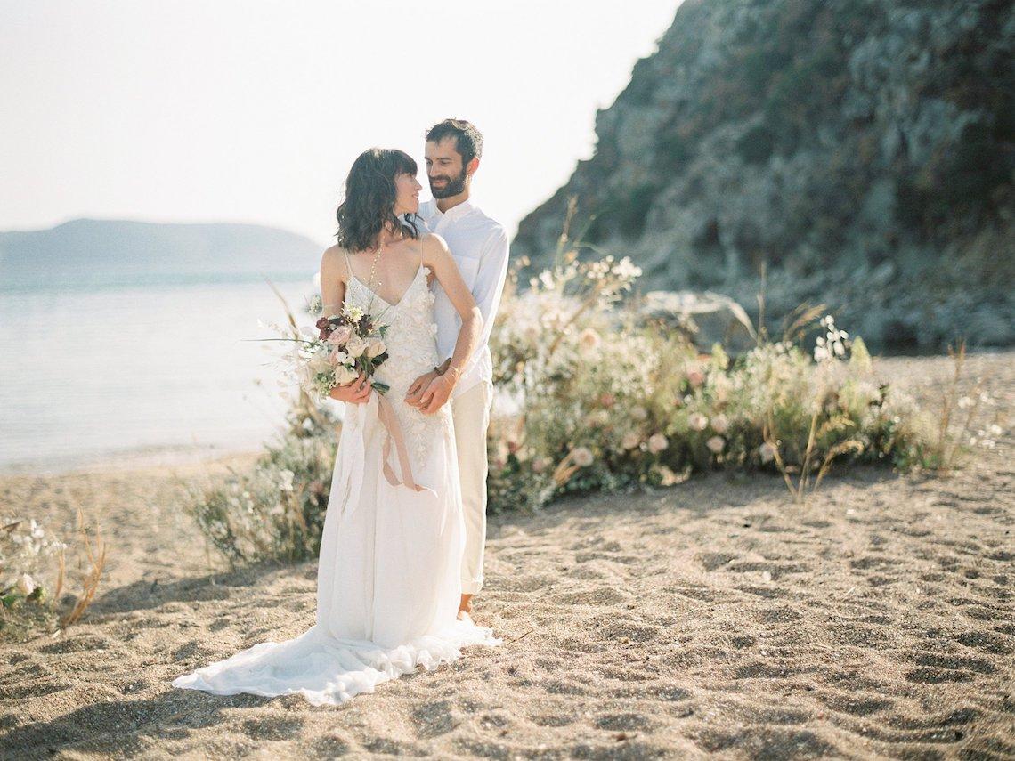 Dreamy Greek Beach Picnic Elopement In Neutral – Elisabeth Van Lent31