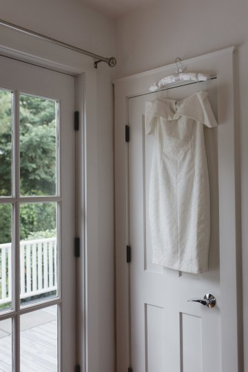 Intimate and Charming New England Bed and Breakfast Wedding – Juliana Montane Photography 15