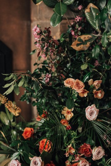 Luxe Mansion Wedding Inspiration Featuring Masculine Florals and Deep Tones – Alex Tenser – Swoon Soiree 25
