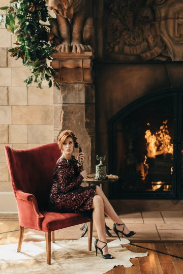 Luxe Mansion Wedding Inspiration Featuring Masculine Florals and Deep Tones – Alex Tenser – Swoon Soiree 26