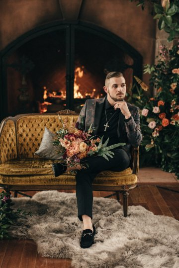 Luxe Mansion Wedding Inspiration Featuring Masculine Florals and Deep Tones – Alex Tenser – Swoon Soiree 39
