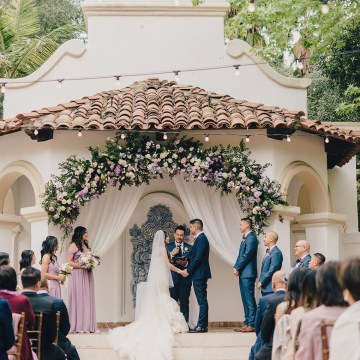 Rustic and Luxurious Southern California Wedding With Stunning Florals – Full Spectrum Photography 25