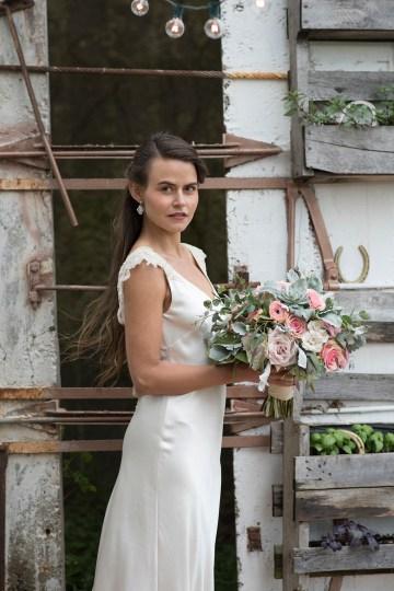 Rustic and Romantic Barn Wedding Inspiration – Boswick Photography 16