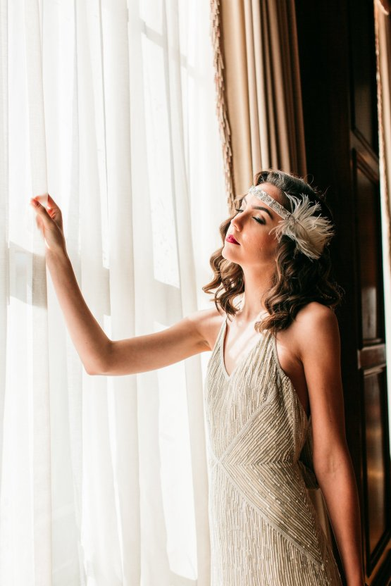 The Great Gatsby Art Deco Wedding Inspiration With Tropical Florals – Holly Castillo Photography 30