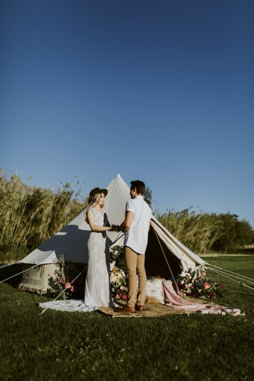 Bohemian Glamping Wedding and Proposal Inspiration – Lindie Wilton Photography 8