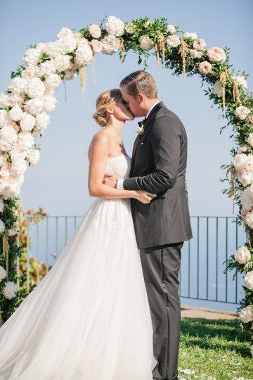 Breathtaking Cliffside Amalfi Coast Destination Wedding – Sandra Aberg 25