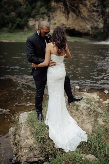 Multicultural Indian Sikh Kiwi Waterfall Wedding – Karen Willis Holmes – Hollow and Co 24