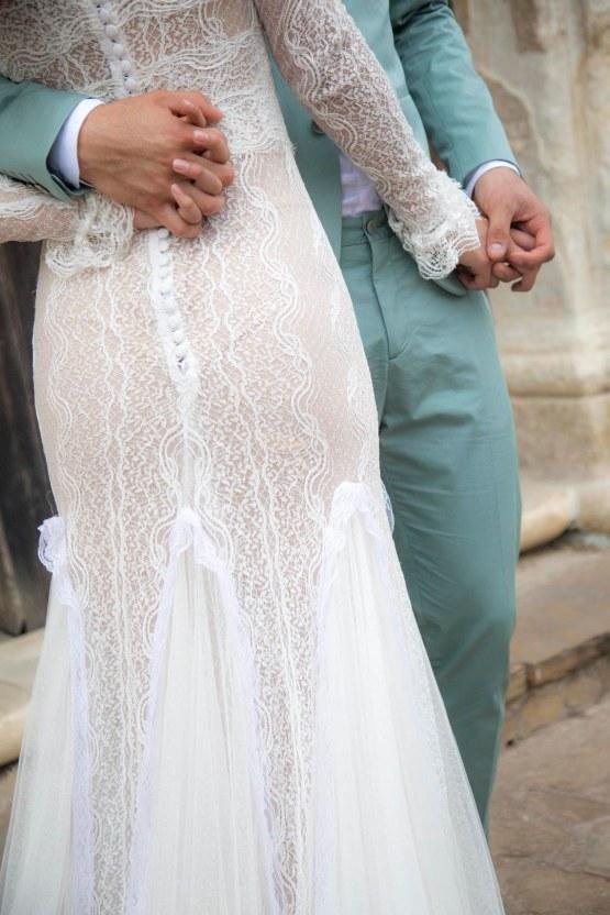 Spanish Lace and Old World Elegance Wedding Inspiration – Szu Designs 32