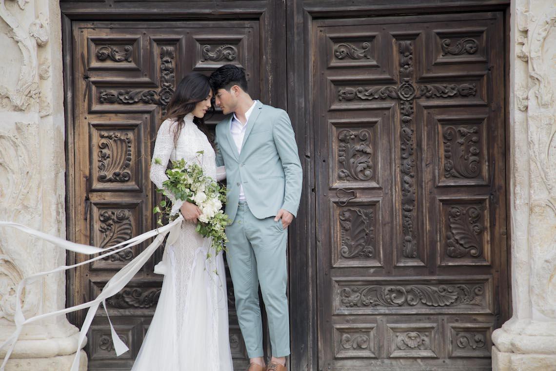 Spanish Lace and Old World Elegance Wedding Inspiration – Szu Designs 42