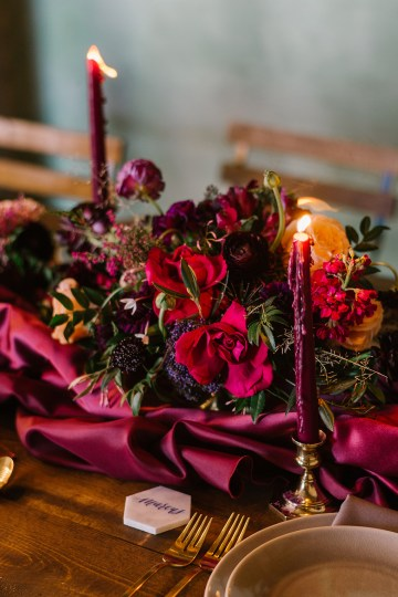 Whimsical Crimson and Green Holiday Wedding Inspiration – Stacy Able Photography 35