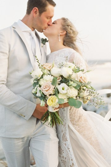 Intimate Southern Boho Beach Wedding in Charleston – Ava Moore Photography 32