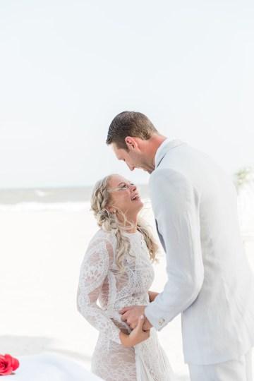 Intimate Southern Boho Beach Wedding in Charleston – Ava Moore Photography 43