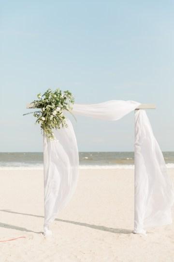 Intimate Southern Boho Beach Wedding in Charleston – Ava Moore Photography 44
