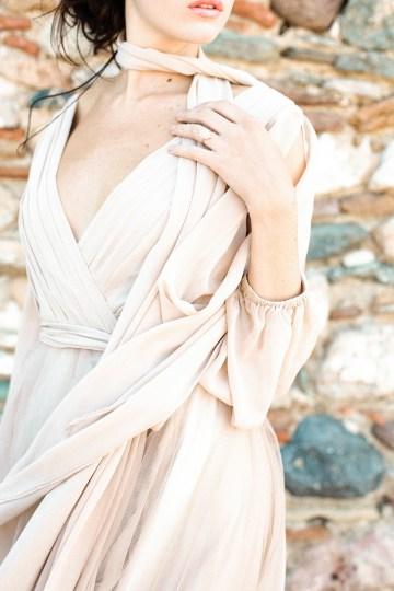 Luxurious Wedding Inspiration From An Ancient Greek Chapel – Nina Wernicke 41
