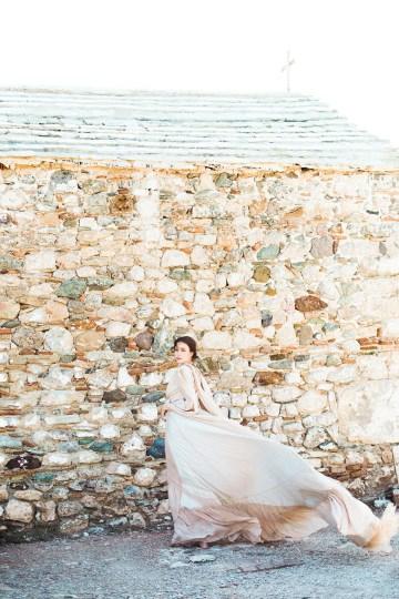 Luxurious Wedding Inspiration From An Ancient Greek Chapel – Nina Wernicke 42