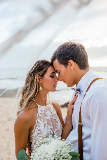 Playful and Intimate North Shore Oahu Beach Wedding – Chelsea Stratso Photography 27