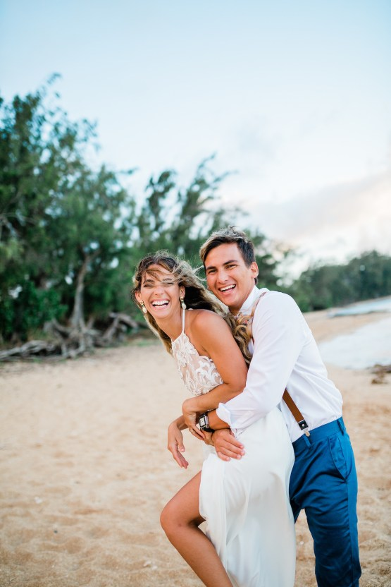Playful and Intimate North Shore Oahu Beach Wedding – Chelsea Stratso Photography 31