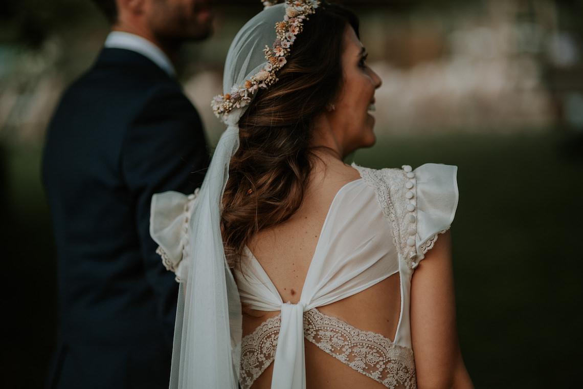 Romantic and Fashionable Spanish Boho Wedding – Javier Berenguer 10