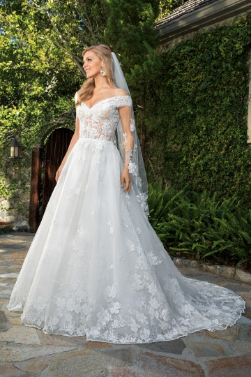 6 Stunning Lace Wedding Dresses By Casablanca Bridal – 2361 Anabelle-FRONT