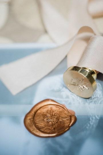 A Dramatic Gold Wedding Dress for the Goddess Bride – Vivid Symphony 38