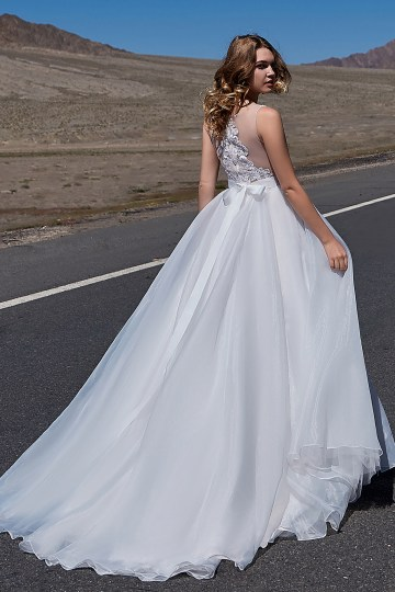 Affordable and Absolutely Showstopping Wedding and Bridesmaid Dresses By CocoMelody – Lily White Collection 15