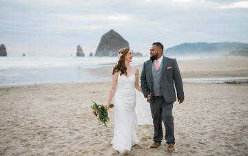 Cannon Beach Bonfire Wedding With S'mores