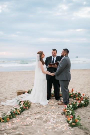 Cannon Beach Bonfire Wedding With Smores – Marina Goktas Photography 25
