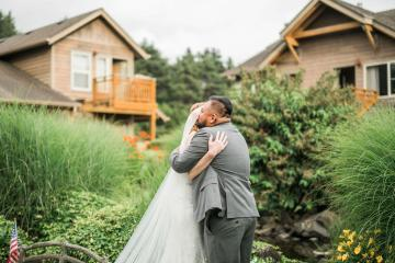 Cannon Beach Bonfire Wedding With Smores – Marina Goktas Photography 3
