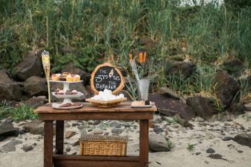 Cannon Beach Bonfire Wedding With Smores – Marina Goktas Photography 6
