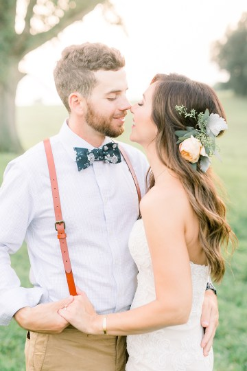 Eclectic Detail-filled Ohio Farm Wedding with a Donut Wall and Espresso Cart – Mandy Ford Photography 31