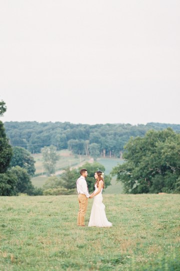 Eclectic Detail-filled Ohio Farm Wedding with a Donut Wall and Espresso Cart – Mandy Ford Photography 39