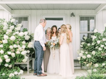 Eclectic Detail-filled Ohio Farm Wedding with a Donut Wall and Espresso Cart – Mandy Ford Photography 7
