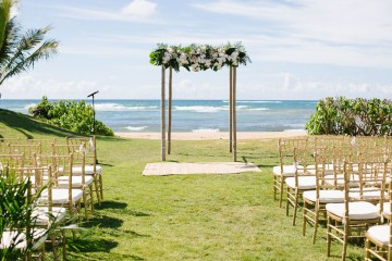 Relaxed Hawaiian Beach Wedding With Our Dream Rue De Seine Boho Wedding Dress – Absolutely Loved Photography 8