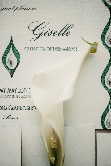 Sleek and Sexy Modern Wedding Inspiration in Emerald – Marcella Cistola 36