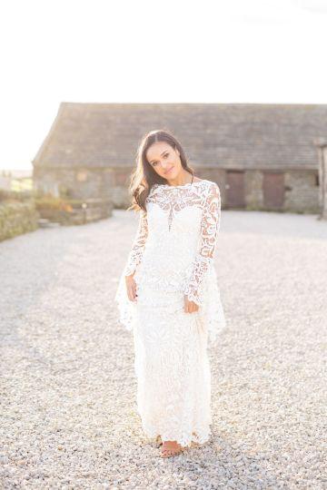 Vibrant Blossom Barn Wedding Inspiration With Creative Dessert Ideas – Deluxe Blooms – Natasha Cadman Photography 25