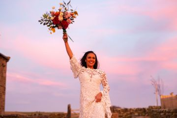 Vibrant Blossom Barn Wedding Inspiration With Creative Dessert Ideas – Deluxe Blooms – Natasha Cadman Photography 7