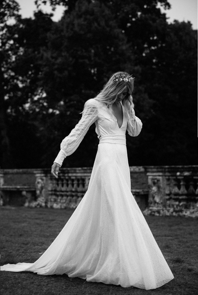 8 Canadian Wedding Dress Designers You Should Know About,Black Dress For Winter Wedding