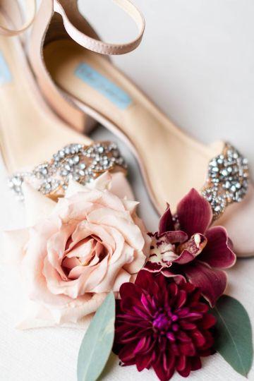 Beautiful Burgundy Hindu Fusion Wedding – Danielle Harris Photography 11