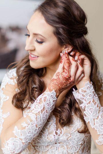 Beautiful Burgundy Hindu Fusion Wedding – Danielle Harris Photography 27
