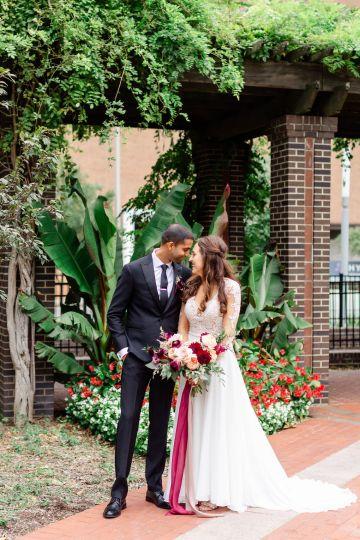 Beautiful Burgundy Hindu Fusion Wedding – Danielle Harris Photography 31