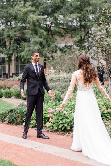 Beautiful Burgundy Hindu Fusion Wedding – Danielle Harris Photography 32